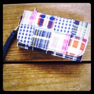Clutches & Wallets - 💙Cute plaid wallet!!