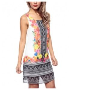 Dresses & Skirts - White Coral Floral Tribal Mirror Print Shift Dress