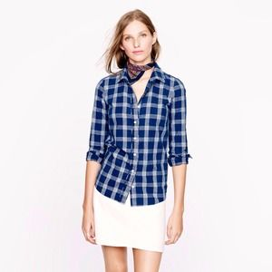 ✨🆕 J. Crew blue boy shirt in Indigo plaid NWT
