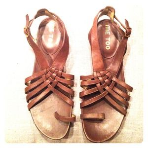 Me Too Brown Flat Strappy Sandals! NWOT!