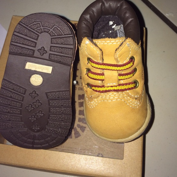 baby timberland nike shox chaussures 7. Black Bedroom Furniture Sets. Home Design Ideas
