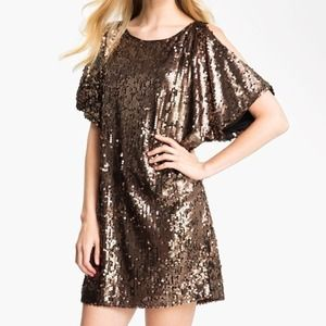 Aidan Mattox || Gold Sequin Shift Dress