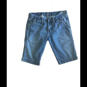 Size 27 7 For All Mankind Bermuda Shorts