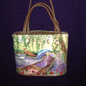 Handbags - Beautiful handbag embellished in beads & sequins