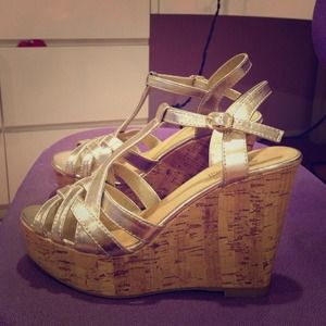 brash Shoes - Gold and Cork Brash Wedges