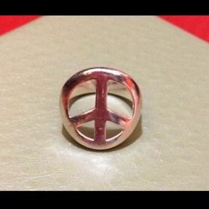 👏sold👏Coach Peace Sign Ring