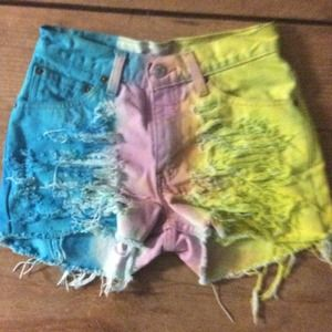 Starburst colors high waisted shorts