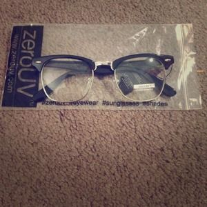 zeroUV Accessories - NWT zeroUV clear glasses