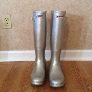 Hunter Boots Boots - Hunter boots size 8. Metallic