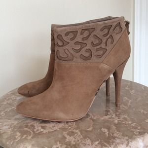 Rebecca Taylor Boots - Rebecca Taylor suede ankle boots  6.5