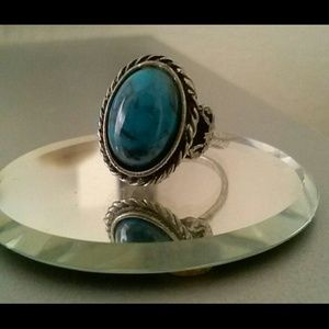 Jewelry - Fab Vintage Ring