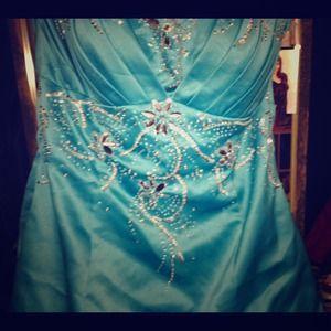 City triangles prom dress!
