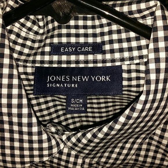 53 off jones new york tops jones new york signature for Jones new york no iron easy care boyfriend shirt