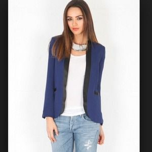 Haute Hippie Jackets & Blazers - ⚡️ABS FINAL $$⚡️Haute Hippie Midnight silk blazer