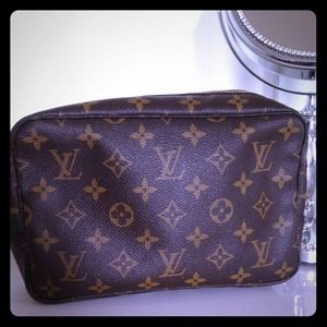 Louis Vuitton Handbags - Authentic Louis Vuitton Toiletry Bag