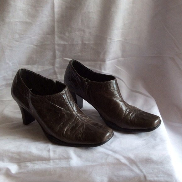 Sale New Leather Aerosoles Ankle Boots