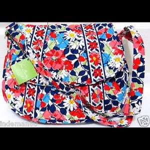 Vera Bradley Handbags - Vera Bradley summer cottage saddle bag