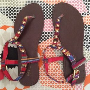 Shoes - Aztec fabric sandals