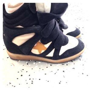 ✨Isabel Marant Wedge sneakers ✨