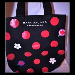Auth Marc Jacobs daisy tote bag!