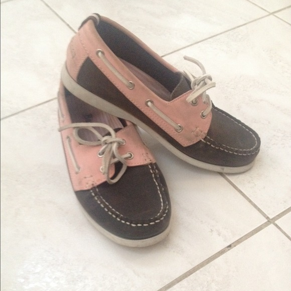 89 bass shoes pink and brown bass boating shoes