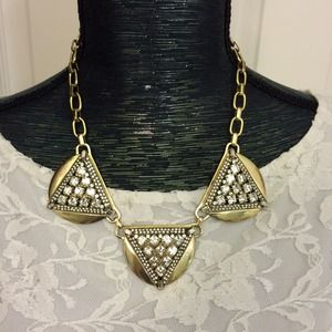 Crystal Triangles Studded Statement Necklace NWOT