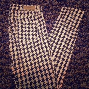 Houndstooth printed ZARA pants