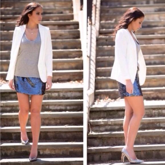 Alice + Olivia Skirts - ❗️Flash Sale❗️NWT alice+olivia sequin mini skirt
