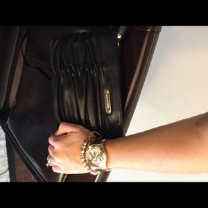 Michael kors leather convertible cluch/shoulder