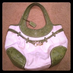 Rare HUGE Coach Signature Bag. GREAT FOR TRAVEL.