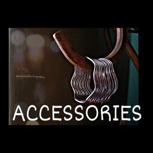 All sorts of accesories