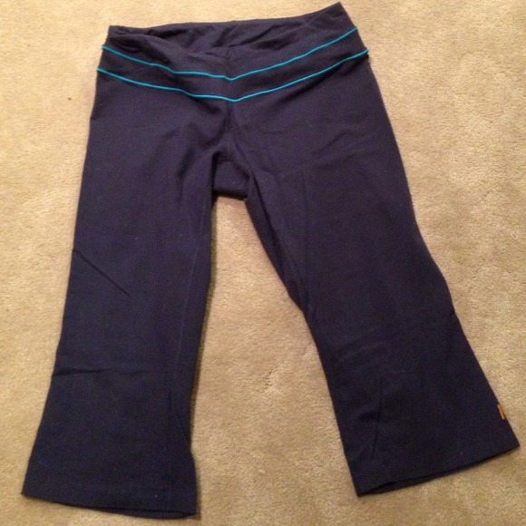 d174d290edf Lucy navy and teal crop flare workout pants