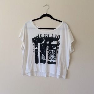 London Skyline Graphic Crop Tee