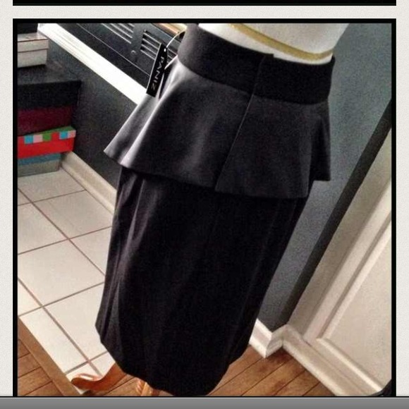 panzit nwt black faux leather peplum skirt from hershell