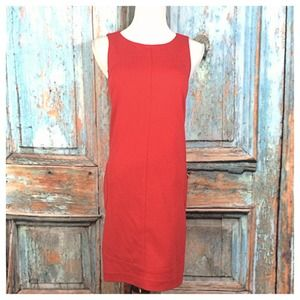 Red Sleeveless Shift Dress