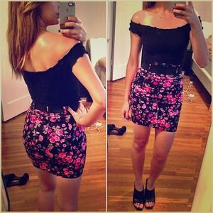 Zara floral high waisted pencil body con skirt