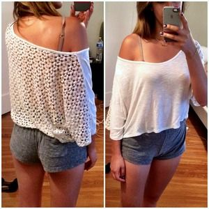 Tops - Off shoulders lace back crop top crochet back