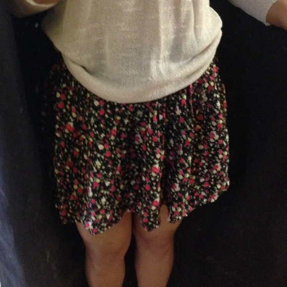 high waisted flowy floral skirt s from nenny s closet on