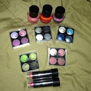 Other - Make up,nail polish & eye shadow..