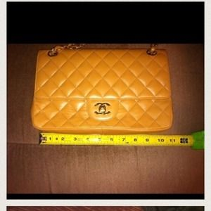 Authentic VINTAGE  Chanel bag, cheaper through PP
