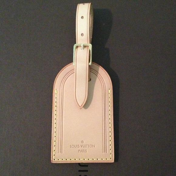 510f59c4e2 Louis Vuitton Accessories - Authentic Louis Vuitton luggage tag