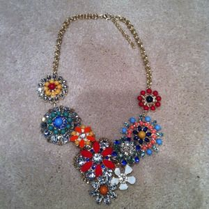 Flower lattice statement necklace