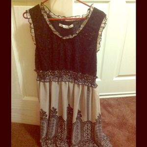 Junior black & beige short dress