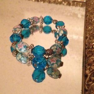 Jewelry - Floral Glass Beaded Bracelet