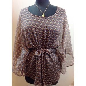 Willow & Clay Sheer Kimono Top