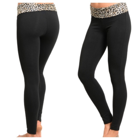 ⬇️SALE⬇ Leopard Print Yoga Pants S from Diana's closet on ...