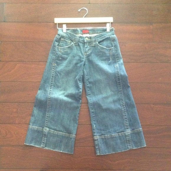 Wide leg denim capris 3 from Korinne's closet on Poshmark