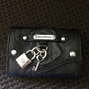 Leather Juicy Couture Small Wallet!!