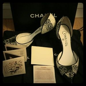 CHANEL Shoes - Chanel Tweed and Patent d'Orsay