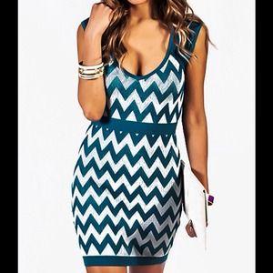 Dresses & Skirts - Quality Teal & Lt. Gray knit chevron dress, M